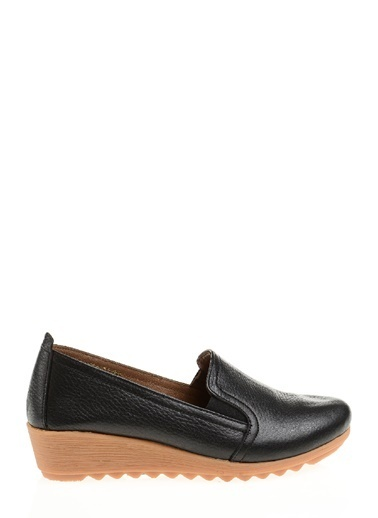 Divarese Dolgu Topuklu Deri Loafer Ayakkabı Siyah